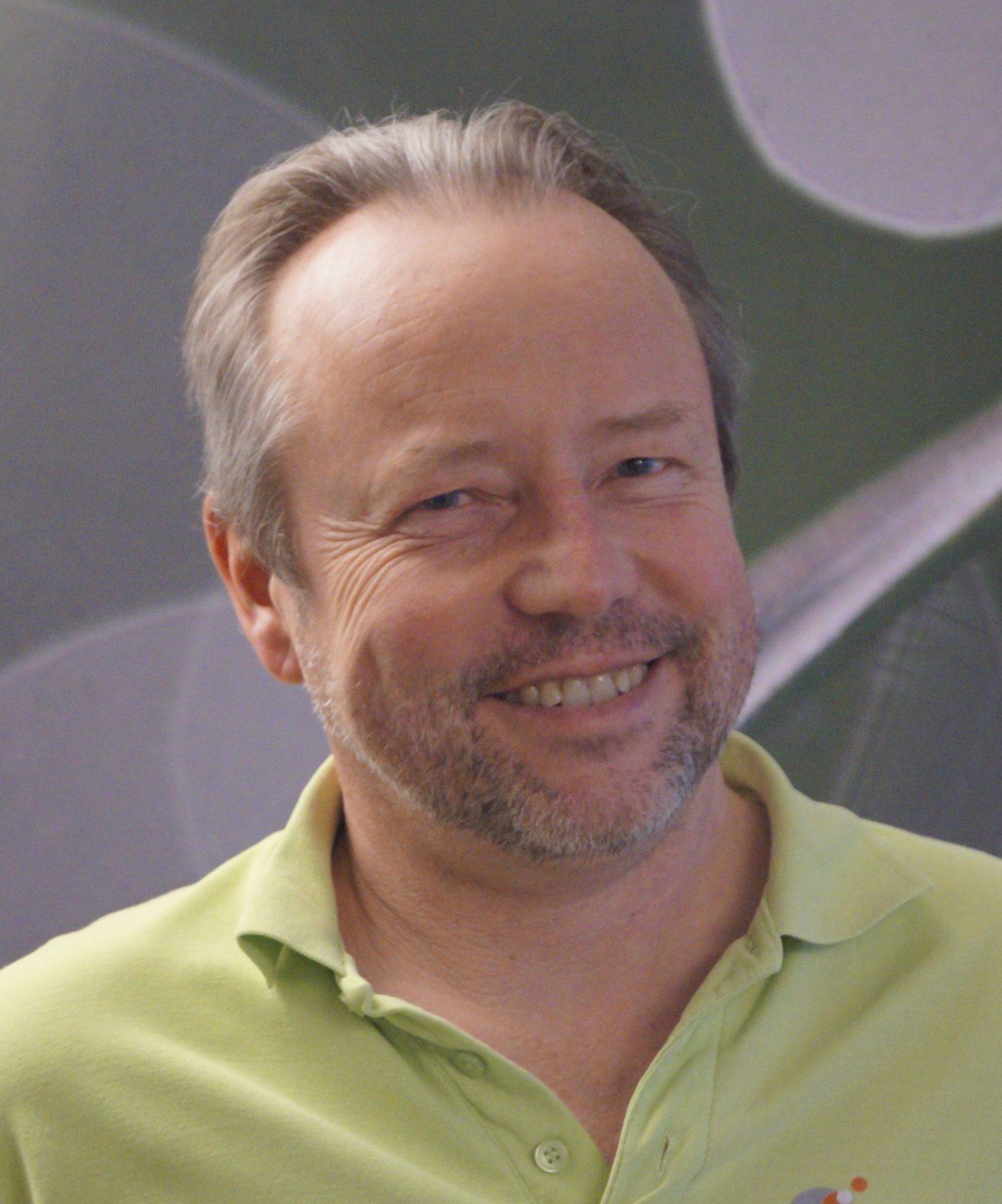Dr. med. Dirk Plewe